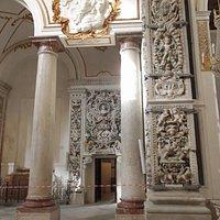 Chiesa Collegio dei Gesuiti: particolare degli stucchi