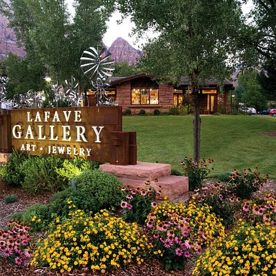 LaFave Gallery Exterior Photo