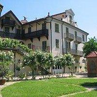 Casa Zuccala veduta dai giardini