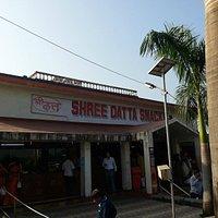 Shree Datta Guru Snacks on Pune Mumbai Expressway