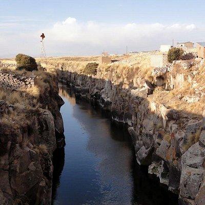 Cañón del Apurímac al costado de Macchu Puente