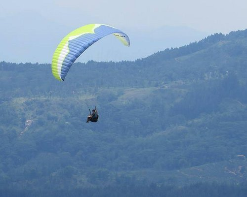 Paragliding in beautiful Knuckles Mountains, Kandy, Sri Lanka