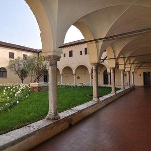 chiostro del convento di S. Francesco