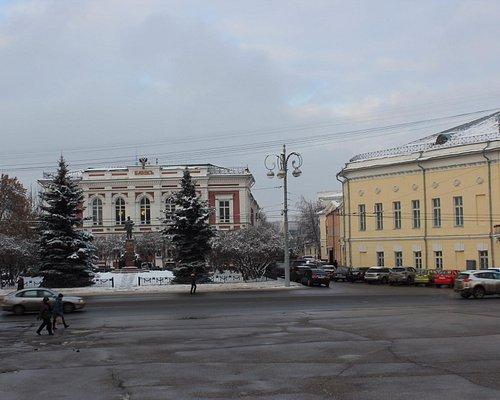 Соборная площадь. Вид на Банк