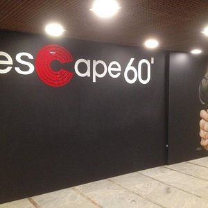 Fachada Escape 60