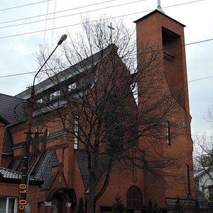 Католический храм Преображения Господня