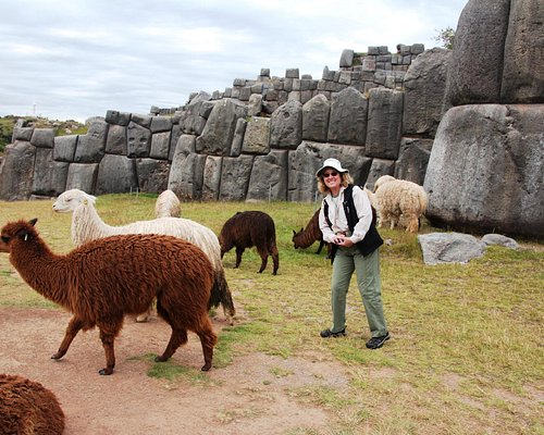 This store is near Sacsayhuaman -- locals just wandering by!
