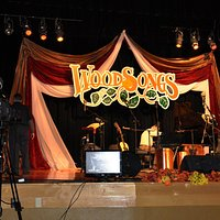 Woodsongs stage