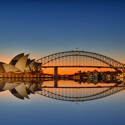 Harbour bridge and Oprah house - at sunset