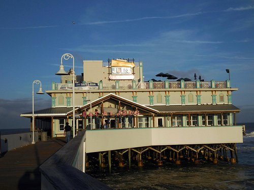 Frontal view of the pier area