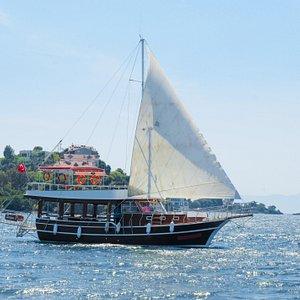 SERGEN K Sailing Private Boat