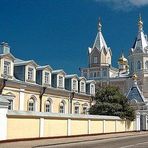Свято-Троицкий женский монастырь в г.Корец