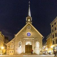 Eglise Notre Dame des Victoires von außen