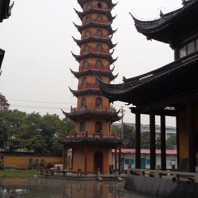 Magnificent 9-storey Pagoda