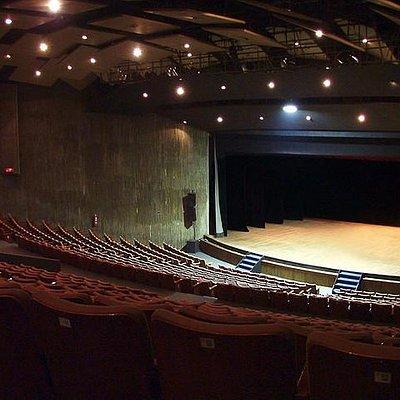 Capacidade do teatro é enorme