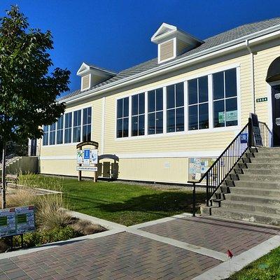 Peachland Art Gallery located in Peachland Historic Primary School