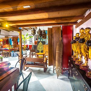 Beautiful shop area with collectables from all Asia