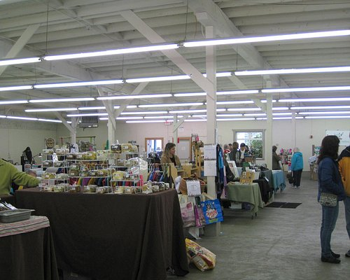 Newport Farmer's Market - winter indoors