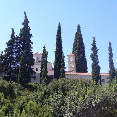 Buitenzijde van het klooster