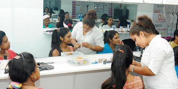 Personal Makeup Courses - Pro Makeup Academy