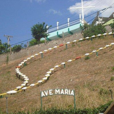 Vista da parte de cima da Gruta N. Sra. de Lourdes