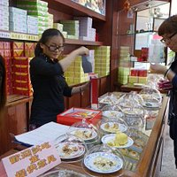 The counter with samples for tasting