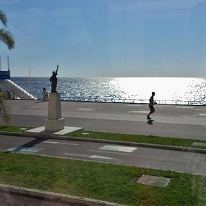 Quai des Etats Unis, Nice, Nov 2015