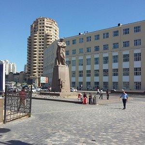 Jafar Jabbarli Statue