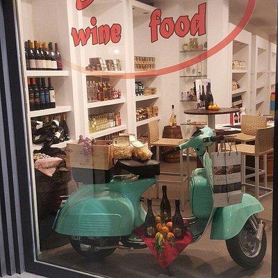 Prodotti tipici siciliani e ottimi vini siciliani