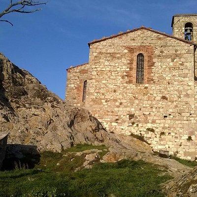 La Chiesa di S. Martino al Vescovo dalla rupe