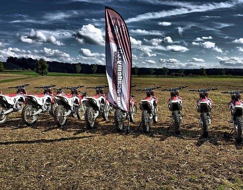 Motocross, Motorrad und Enduro fahren im Gelände