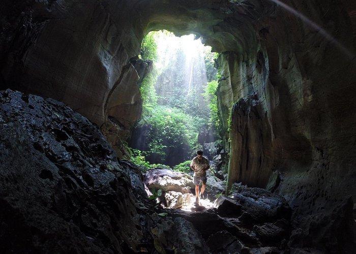 Entrada de la segunda cueva