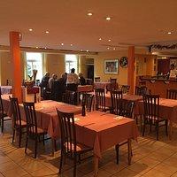 Restaurant Innenansicht und Aussenansicht