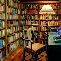 Biblioteket på Bjerkebæk. Foto: Ian Brodie.