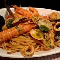 Linguine with seafood....