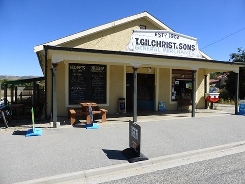 Gilchrist's Store