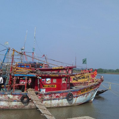 Fishing boat at buribalam (Balaramgadi) river