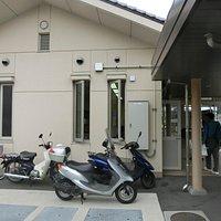 ドルチェの裏の瀬戸田観光案内所