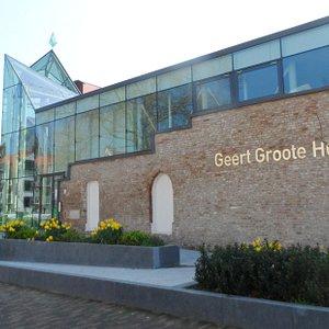 Buitenkant van het Geert Groote Huis in Deventer