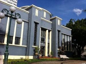 Belíssima arquitetura estilo Art Deco