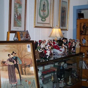 In addition to prints find Moss pins & figures, also Byers Carolers,Yankee Candles & Cat's Meow.