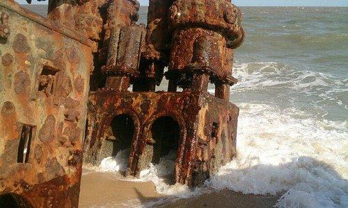 Lighthouse and shipwrack