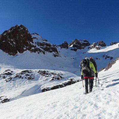 Ascensiones por el mundo: Atlas, Alpes, Andes,...