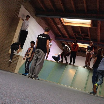 Freerunning/Parkour lessons in our multilevel hall