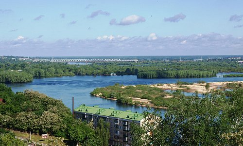 Вид из отеля, река Припять