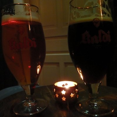 Light and dark beer - no real flavour difference and both too gassy!