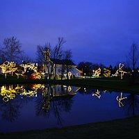 Everal Barn & Homestead at Christmas