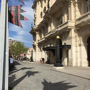 Entrance of Palacio de Bellas Artes