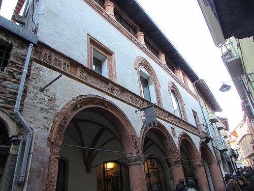 Casa del Conte Verde : facciata