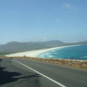 Victoria Road (M6)  |   Hout Bay, África do Sul